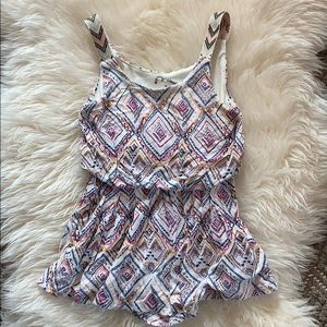 Other - Girl's Printed Romper Size XS